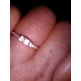Divina 10KT Gold 1/4ct TDW Diamond 3 Stone Plus Anniversary Ring