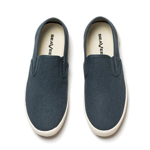 Baja Slip-On Standard Sneaker