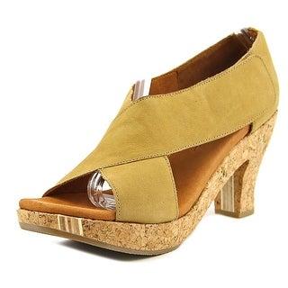 Gentle Souls Sun Dae Women  Open Toe Leather  Platform Sandal