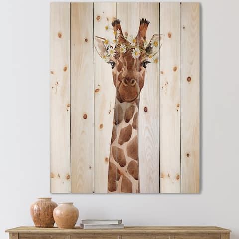 Designart 'Portrait of A Giraffe XI' Farmhouse Print on Natural Pine Wood