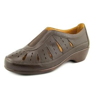 Easy Spirit Gavra W Round Toe Leather Loafer