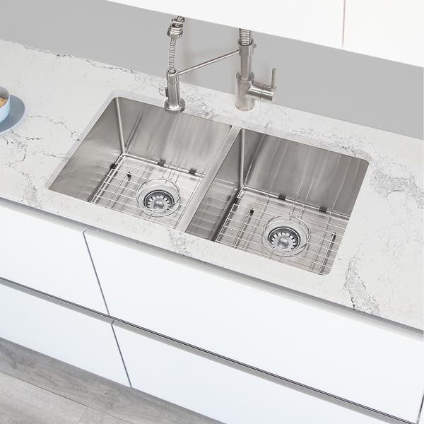 32 L X 18 W Double Basin Undermount Kitchen Sink With Grids And Basket Strainers Overstock 31990971