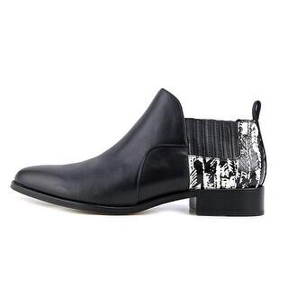 Pour La Victoire Womens FELA Closed Toe Ankle Fashion Boots