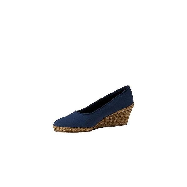 Beacon Womens NEWPORT Fabric Closed Toe Casual Platform Sandals