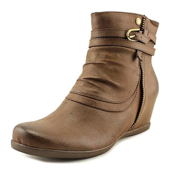 Baretraps Quaint Round Toe Leather Ankle Boot