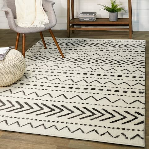 Adebayo Tribal Indoor Area Rug