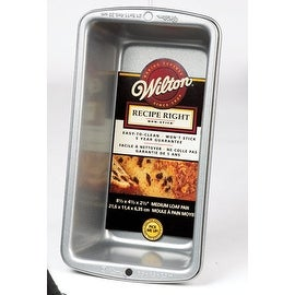 Wilton 2105-950 Recipe Right Non-Stick Medium Loaf Pan
