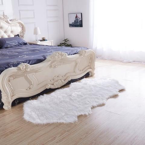 """Luxury Decorative"" Faux Fur Rug in White Sheepskin"