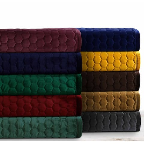 Lugano Honeycomb Velvet Oversized Solid Quilt Set