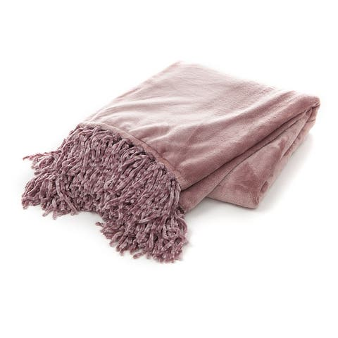 Gouchee Home Plush Throw Blanket