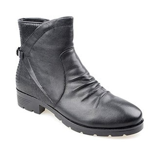 Eyekepper Women's Black Leather with Flat Ruched Upper Design Ankle Boot Black