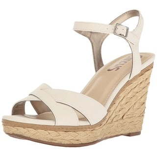 8ce989e2b9b8 Circus by Sam Edelman Womens erica Fabric Open Toe Casual Platform Sandals