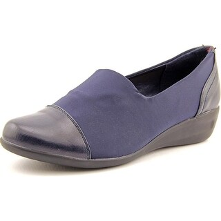 Axxiom Fast Talker Women Round Toe Canvas Loafer