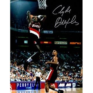 Clyde Drexler Signed Blazers Action 8x10 Photo