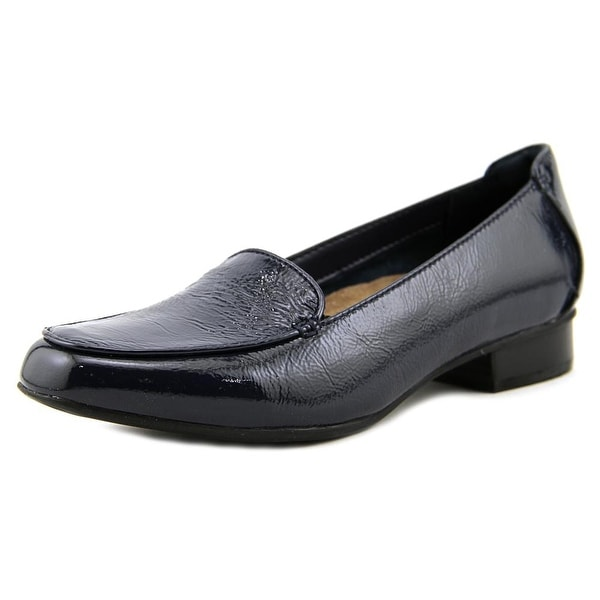 Clarks Narrative Keesha Luca Women W Round Toe Patent Leather Loafer