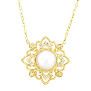 Freshwater Pearl & 1/10 ct Diamond Necklace in 10K Gold
