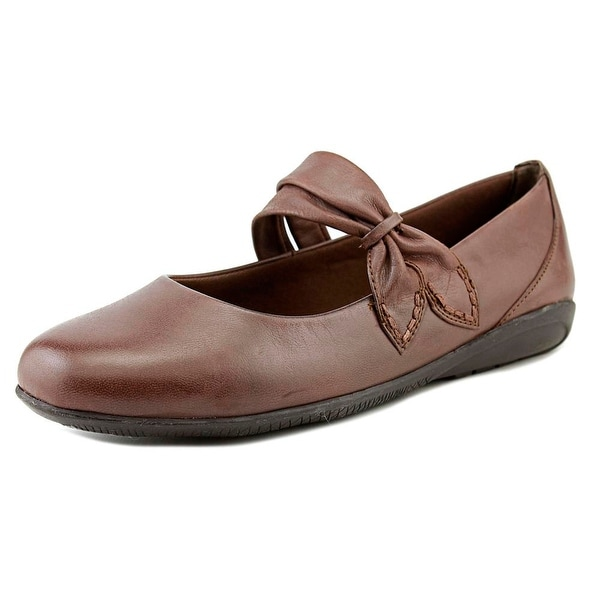 Walking Cradles Feline Women Tobacco Flats