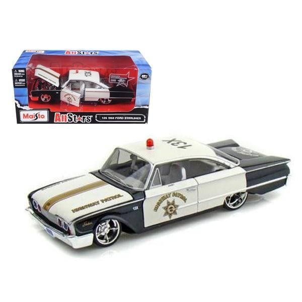 1960 Ford Starliner Highway Patrol All Stars 1/26 Diecast Model Car by Maisto