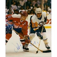 Signed Cullen John Pittsburgh Penguins 8x10 Photo Light Wearing of the photo autographed