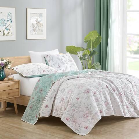 Beaute Living Cotton Floral Embroidery 3-Piece Quilt Set