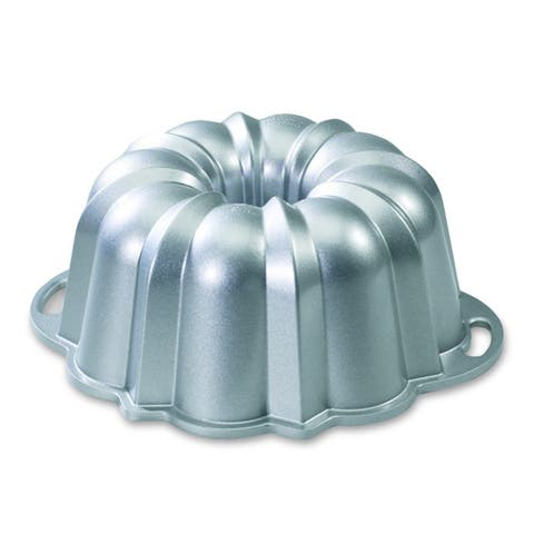 Nordic Ware 50037 Original Bundt Design Anniversary Pan, Aluminum, 10-15 Cup