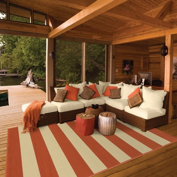 Carson Carrington Sonderso Indoor/ Outdoor Stripe Area Rug. Opens flyout.