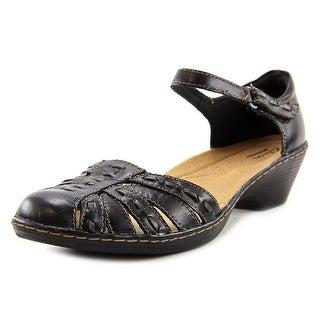 Clarks Wendy Estate Women Open Toe Leather Black Sandals