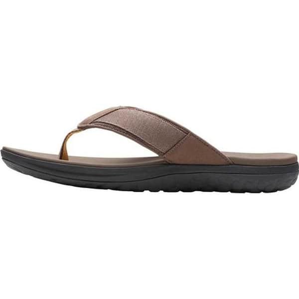menos Limpia el cuarto Antibióticos  Shop Clarks Men's Step Beat Dune Thong Sandal Brown Textile - Overstock -  27346915