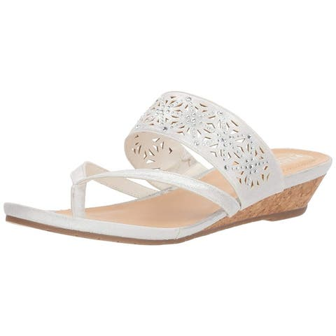 e1e94680b Kenneth Cole REACTION Women s Chime Low Wedge Thong Sandal