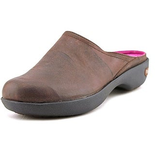 Crocs Cobbler 2.0 Round Toe Leather Mules