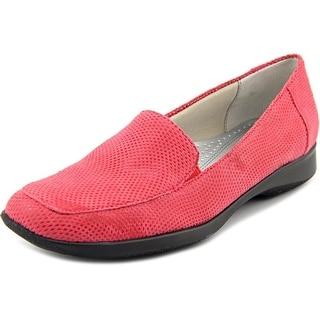 Trotters Jenn Square Toe Leather Loafer