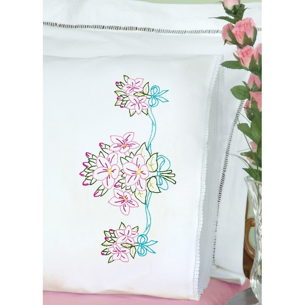 Stamped Pillowcases W/White Lace Edge 2/Pkg-Star Flower Bouquet - White