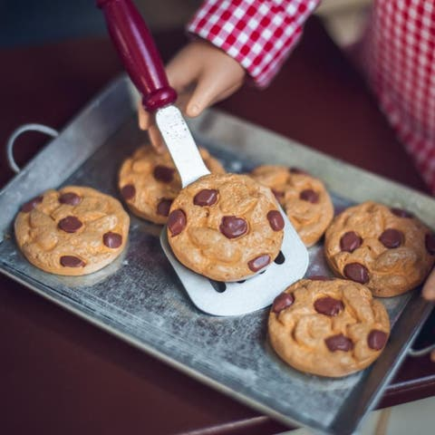 8 Piece Chocolate Chip Cookie Baking Set, Food & Kitchen Tool Accessory Set Sized for 18 Inch American Girl Dolls