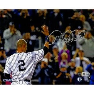 Derek Jeter Goodbye to Fans 8x10 Photo