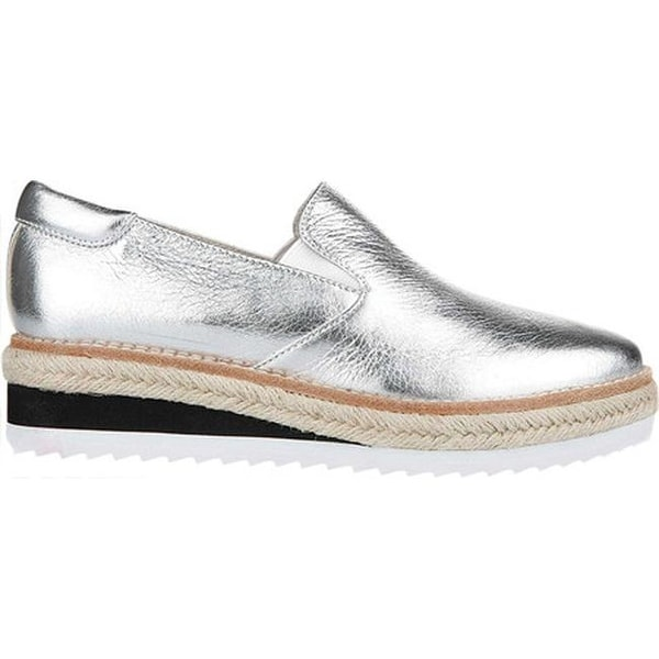 dca51ebddb12d0 Shop Kenneth Cole New York Women s Rainer Platform Loafer Silver Leather -  On Sale - Free Shipping Today - Overstock - 19473710