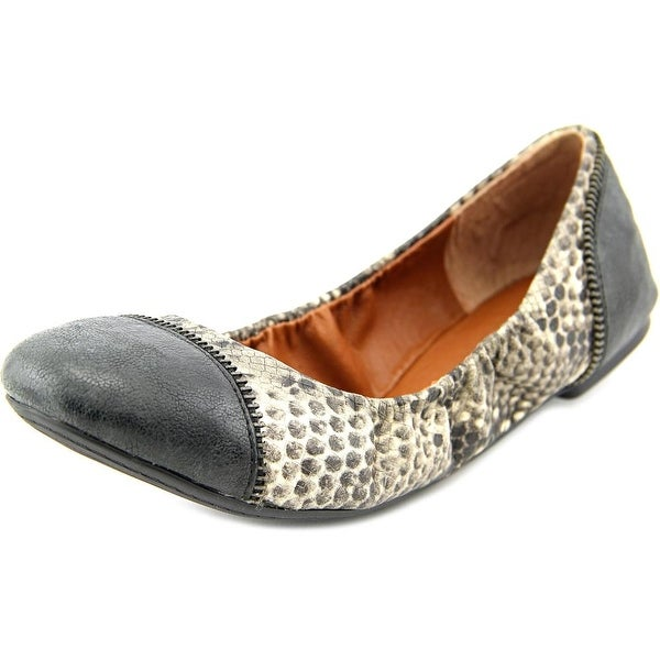 Lucky Brand Esste Round Toe Leather Ballet Flats