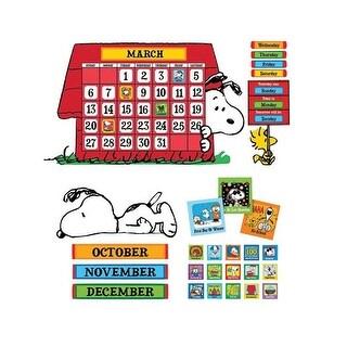 Eureka EU-847152BN Peanuts Calendar Bulletin Board Set - Set of 2