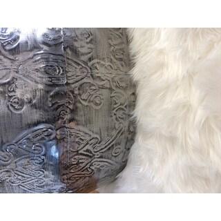Safavieh Faux Sheepskin Ivory Japanese Acrylic Rug - 3' X 5'