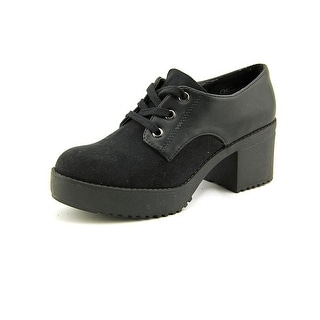Wanted Breakout Women Round Toe Canvas Oxford