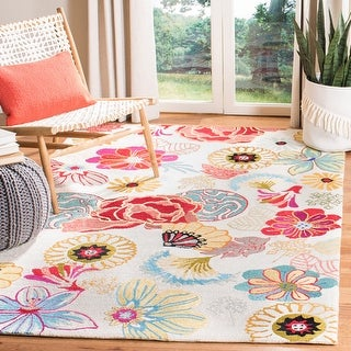 Link to Safavieh Handmade Four Seasons Misti Floral Rug Similar Items in French Country Rugs