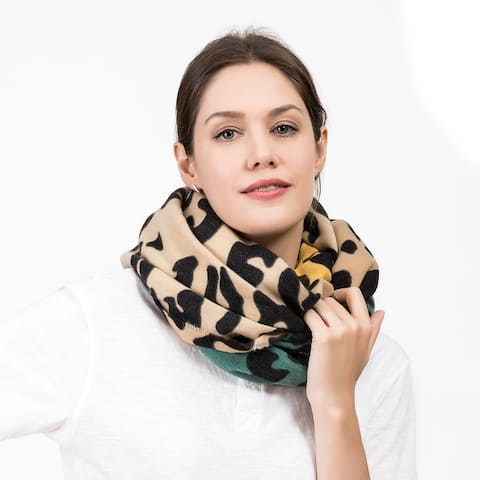 "Glitzhome 69""L Green Yellow and Beige Leopard Grain Scarf"