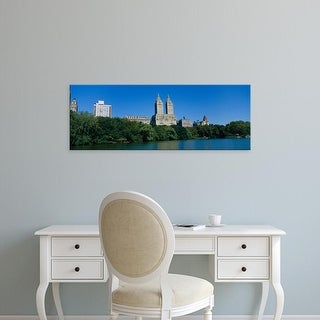 Easy Art Prints Panoramic Image 'Buildings on the bank of a lake, Manhattan, New York City, New York, USA' Canvas Art