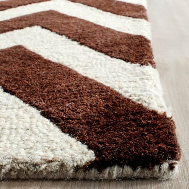 SAFAVIEH Handmade Cambridge Rinda Modern Moroccan Wool Rug