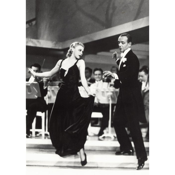 Shop Fred Astaire And Ginger Rogers Dancing Photo Print Overstock 25470641
