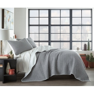 Link to City Scene Leaves Black Cotton Quilt Set Similar Items in Quilts & Coverlets