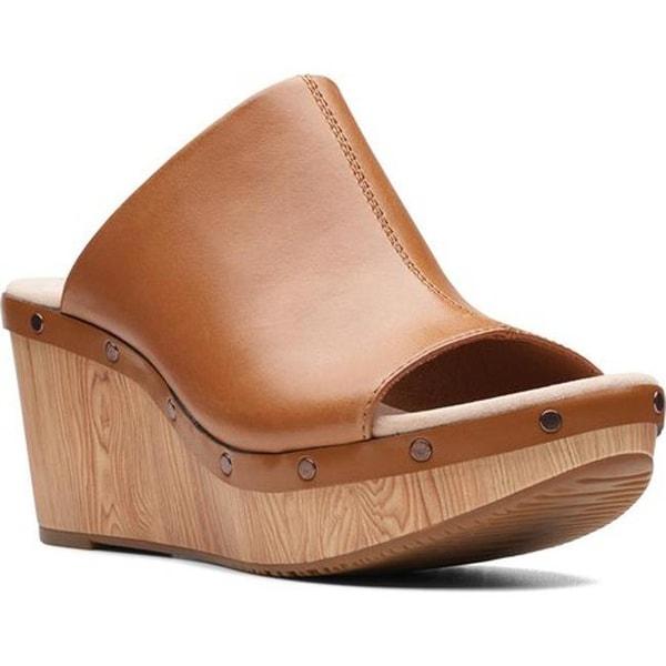 daa7b796788b Shop Clarks Women s Annadel Molly Slide Tan Leather - Free Shipping ...