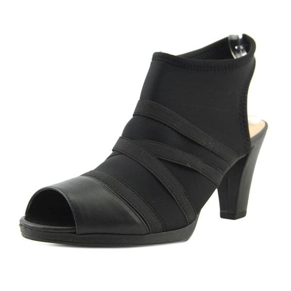Bella Vita Lisbeth II Women N/S Open Toe Canvas Black Sandals