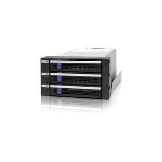 Icy Dock MB153SP-B Icy Dock MB153SP-B DAS Array - 3 x HDD Supported - 3 x Total Bays - Serial ATA/600 - SATA/600 Internal