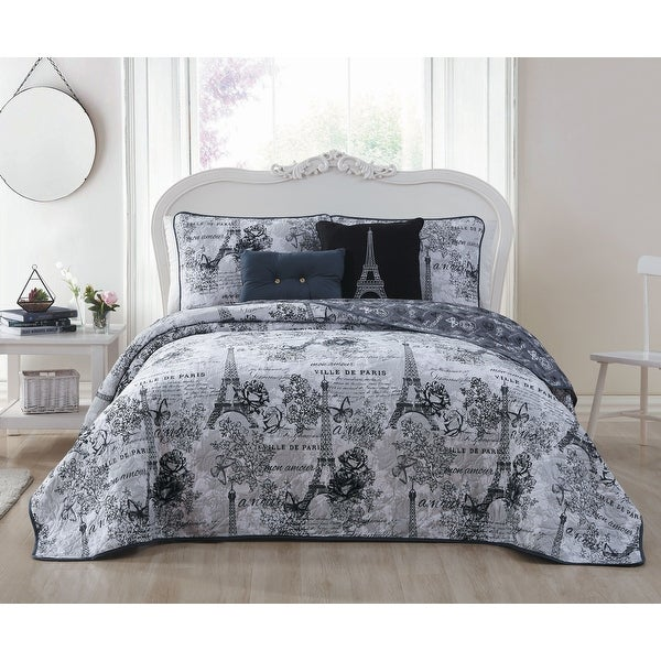 Amour 4 - 5 pc Reversible Quilt Set with Decorative Pillows. Opens flyout.