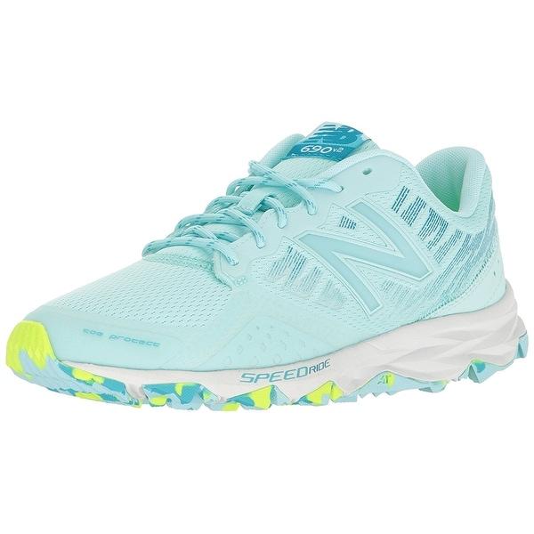 New Balance Women's 690v2 Trail Running Shoes - 5